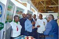 H.E President Uhuru Kenyatta at the EATTA Booth